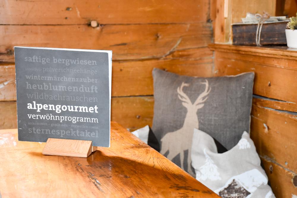 Unterkunftstipp Heimeli Sapün Arosa Graubünden Schweiz Alpengourmetküche