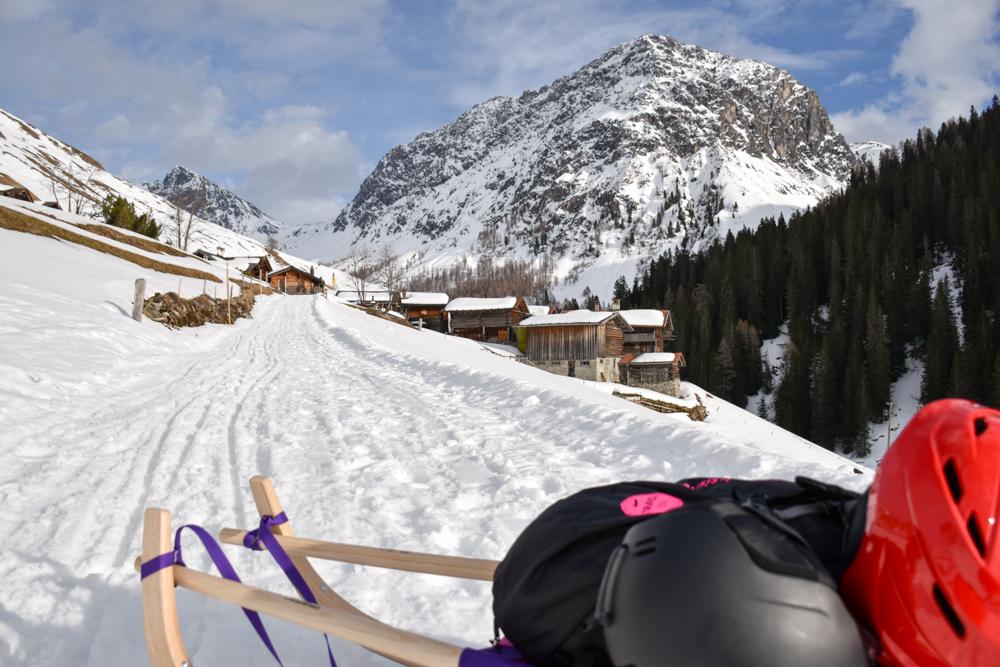 Unterkunftstipp Heimeli Sapün Arosa Graubünden Schweiz Blick auf Sapün