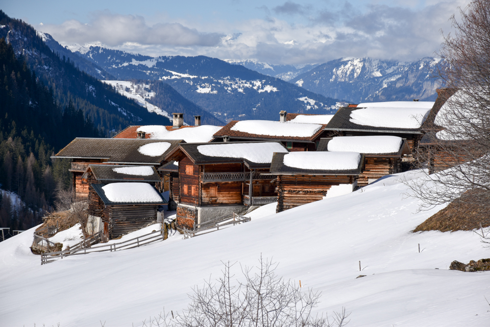 Unterkunftstipp Heimeli Sapün Arosa Graubünden Schweiz Walserdorf Sapün im Sapünertal