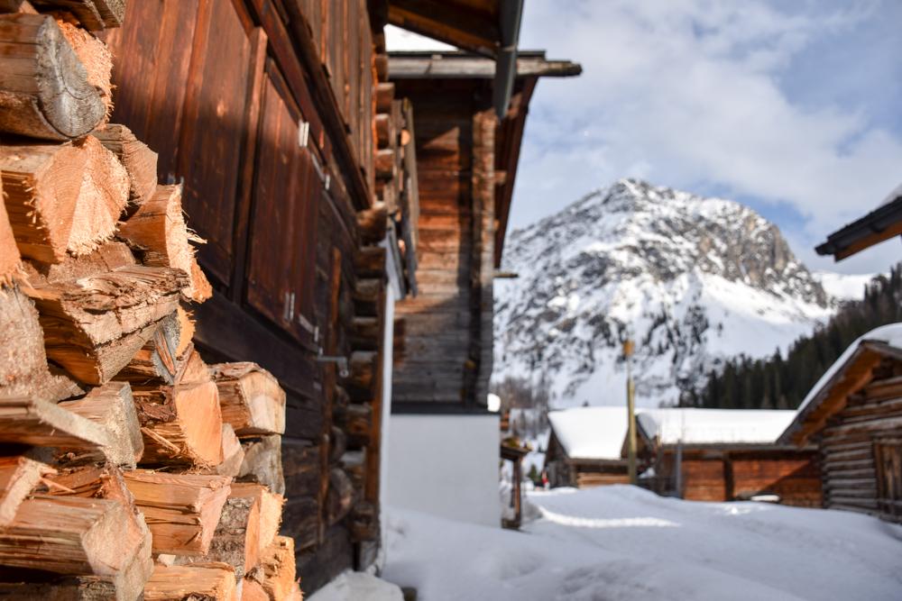 Unterkunftstipp Heimeli Sapün Arosa Graubünden Schweiz Walserdorf Sapün