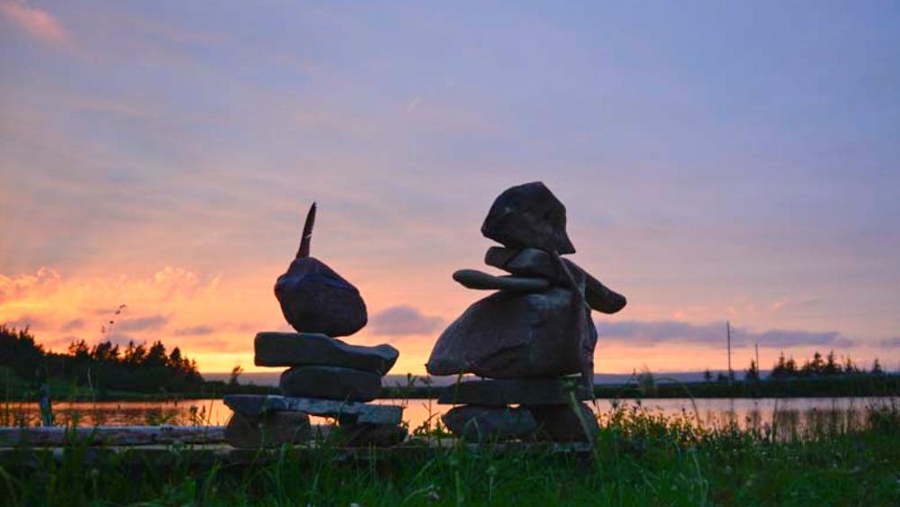 Weltreise im Camper Weg auf Zeit Sonnenuntergang Cape Breton