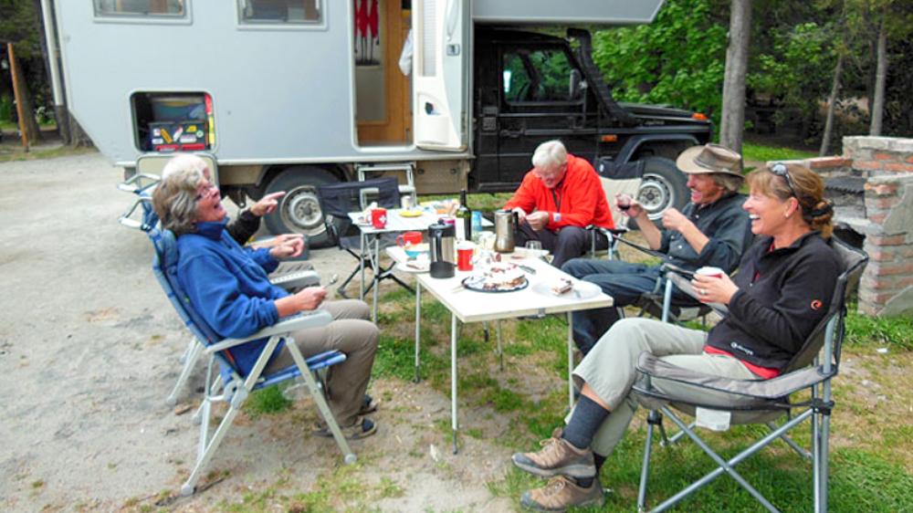 Weltreise im Camper Weg auf Zeit andere Camper treffen