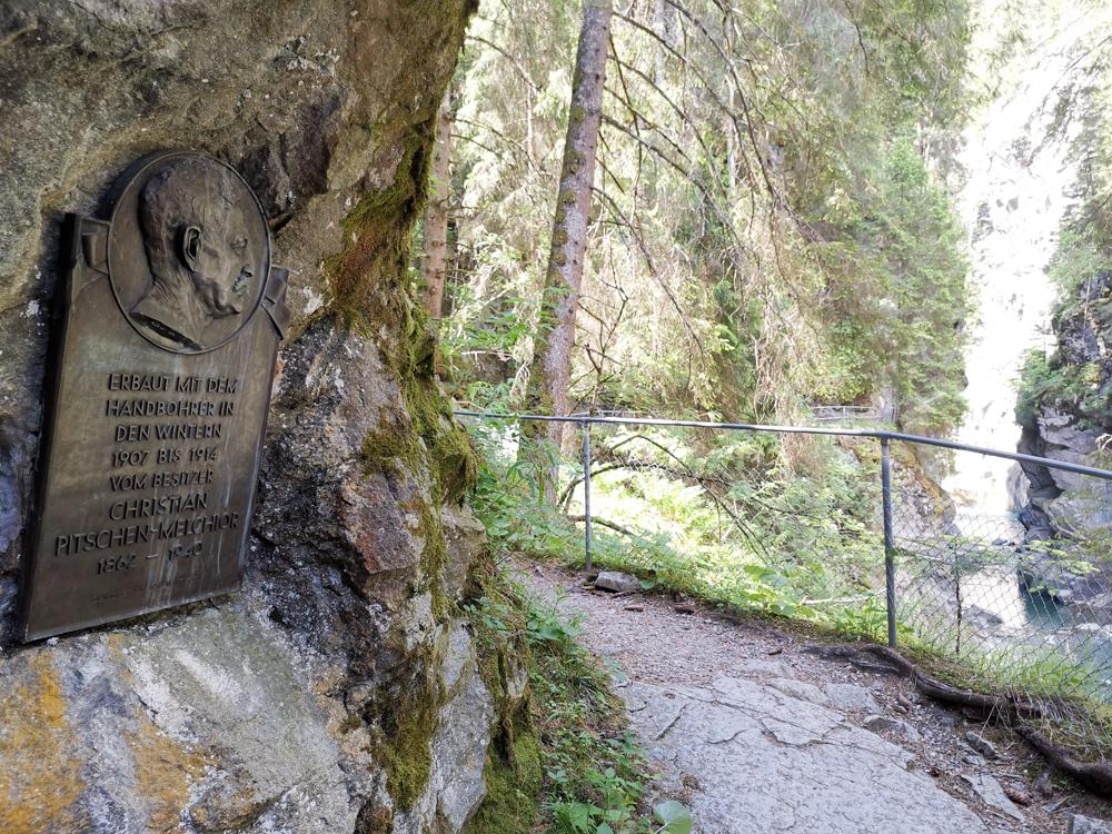 Ausflugstipp Rofflaschlucht Graubünden Schweiz Geschichte der Rofflaschlucht