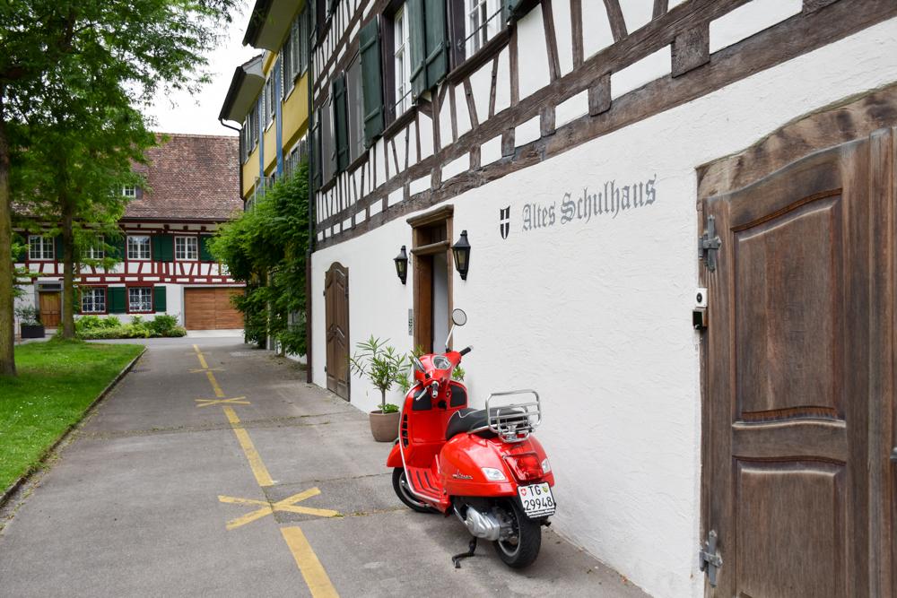 Familienfreundliche Fahrradtour Thurgau Bodensee Gottlieben Vespa