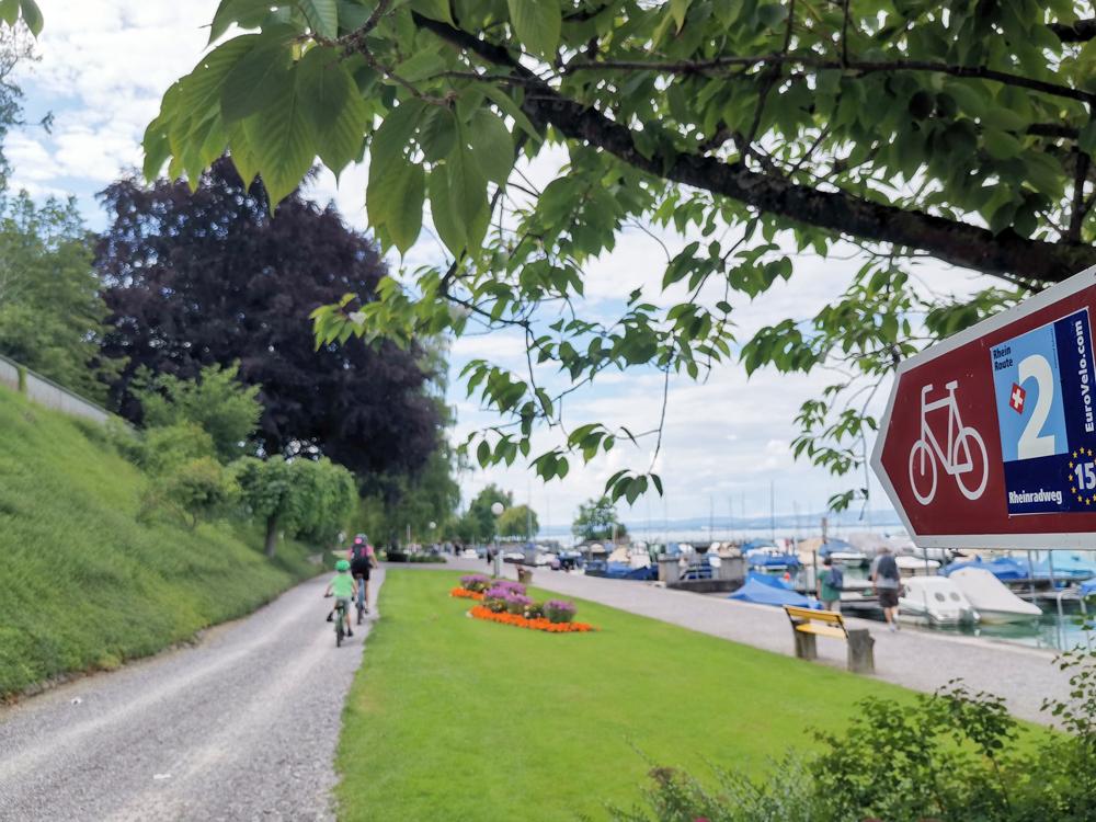 Familienfreundliche Fahrradtour Thurgau Bodensee Travel Sisi und kleiner Globetrotter mit dem Fahrrad am Bodensee