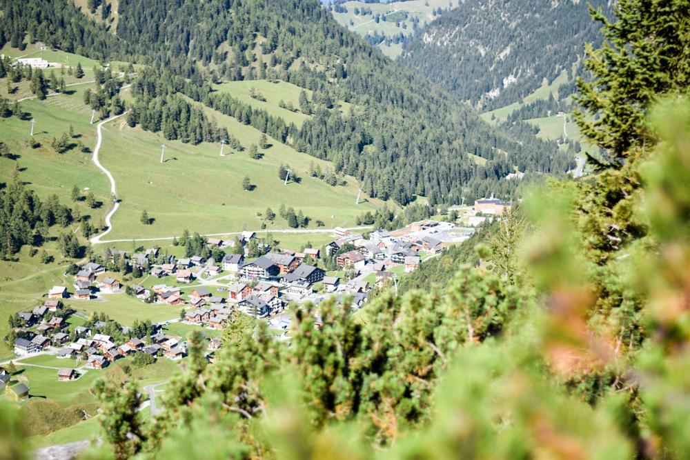 Wanderung Liechtenstein Fürstin-Gina-Weg Pfälzerhütte Blick auf Malbun