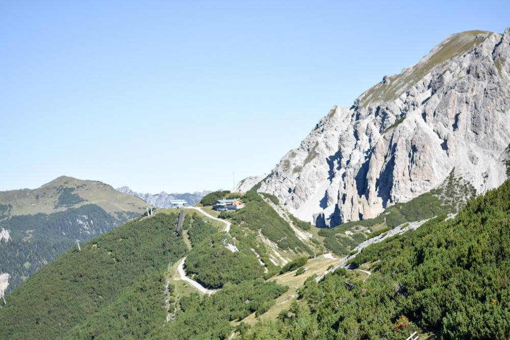 Wanderung Liechtenstein Fürstin-Gina-Weg Pfälzerhütte Blick zurück nach Sareis