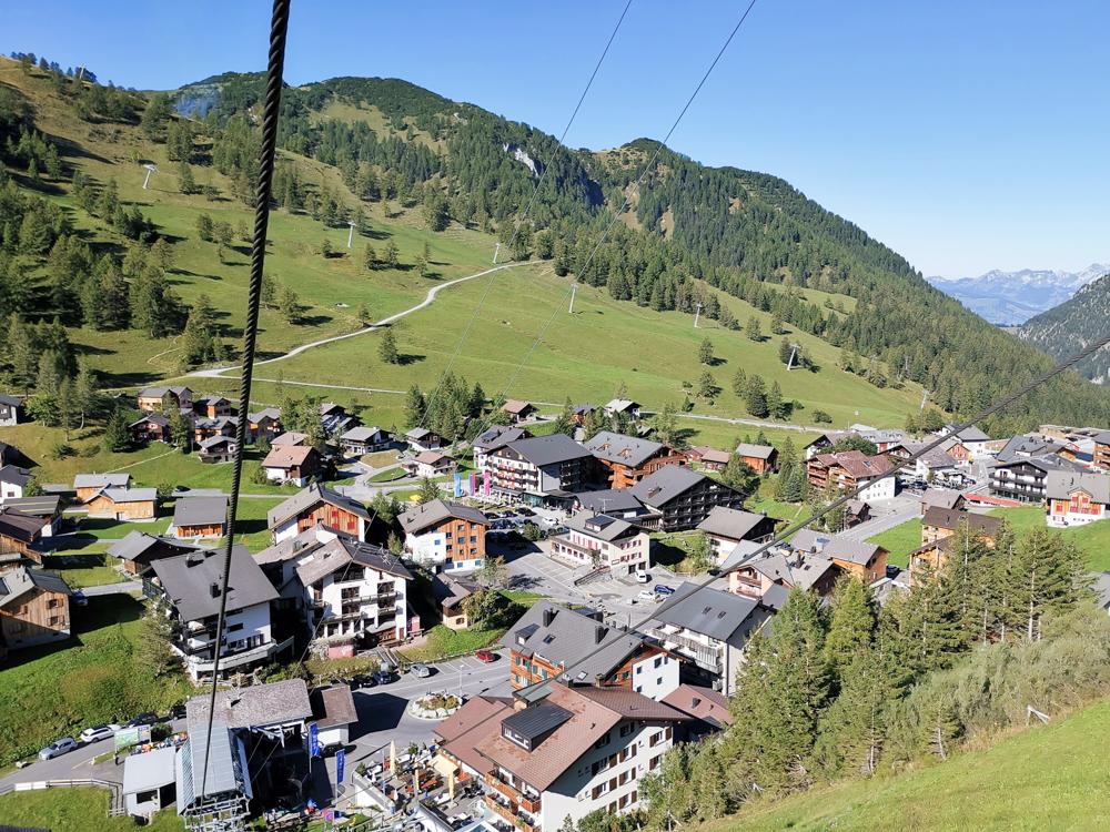 Wanderung Liechtenstein Fürstin-Gina-Weg Pfälzerhütte Fahrt mit der Sesselbahn