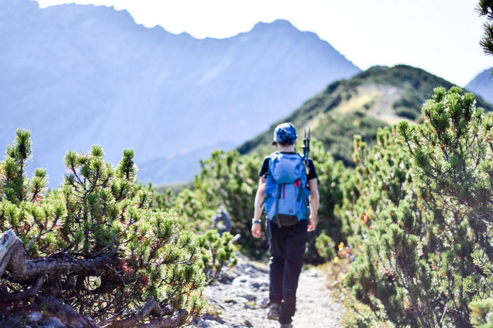 Wanderung Liechtenstein Fürstin-Gina-Weg Pfälzerhütte Gratwanderung zum Augstenberg