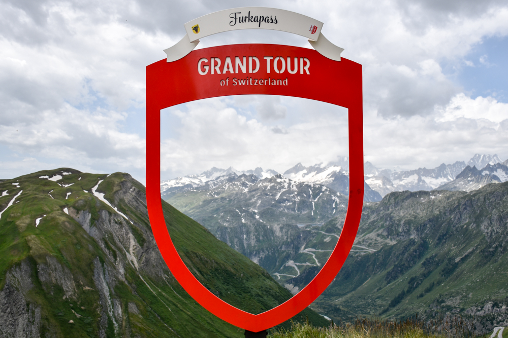 Familienwochenende Aletsch Arena Wallis Schweiz Furkapass Grand Tour of Switzerland Fotostop