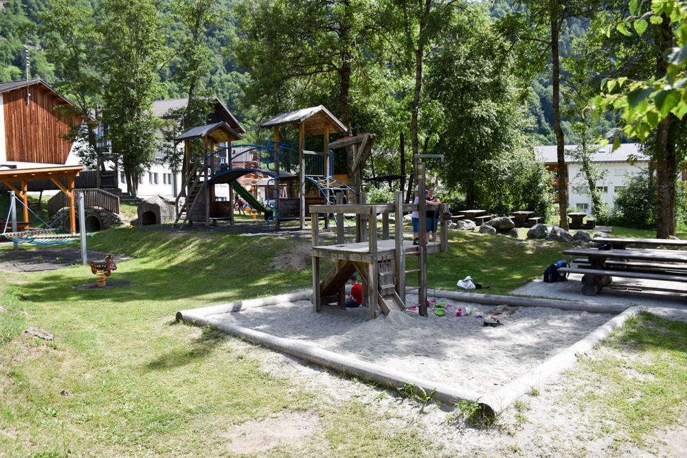 Familienwochenende Aletsch Arena Wallis Schweiz Spielplatz Fiesch