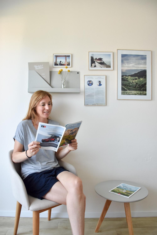 Unterkunft Weggis Vierwaldstättersee Schweiz Wanderlust Guesthouse Travel Sisi Esther Mattle in der Lesecke