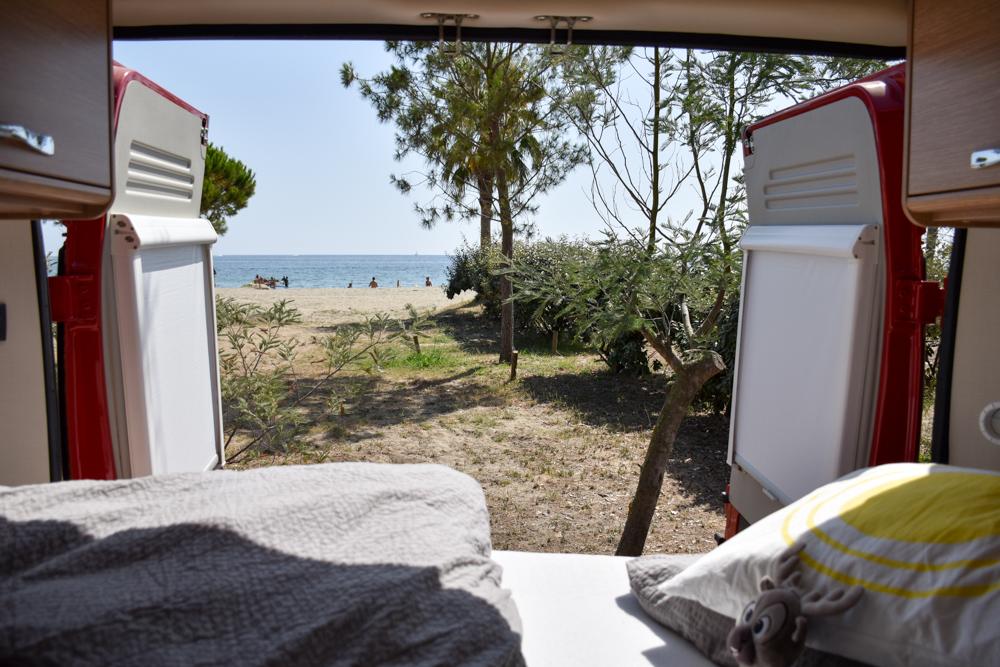 Camping Rundreise Korsika Aussicht aus dem Camper Campingplatz Merendella Ostküste