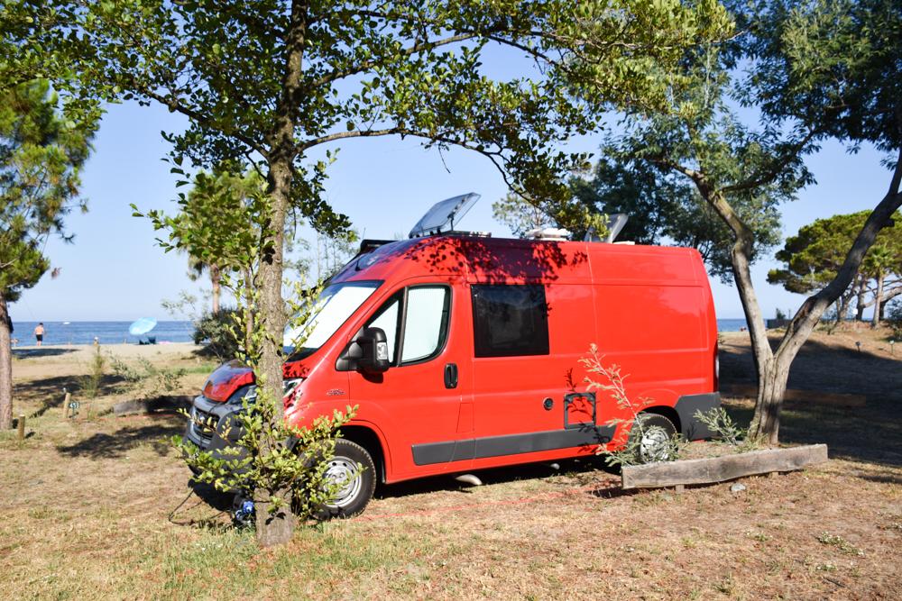 Camping Rundreise Korsika Campingplatz Merendella Ostküste am Meer