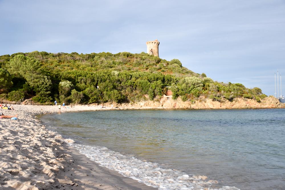 Camping Rundreise Korsika Fautea Strand und Turm