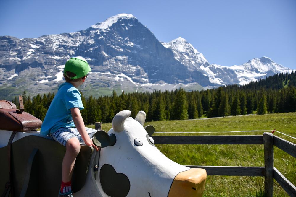 Familienausflug Lieselotteweg Männlichen Grindelwald Berner Oberland Schweiz