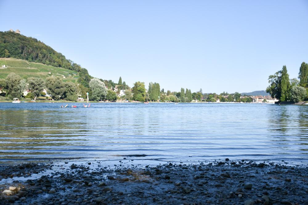 Familienwochenende Schaffhauserland Schweiz Baden am Rheinufer Campingplatz Wagenhausen