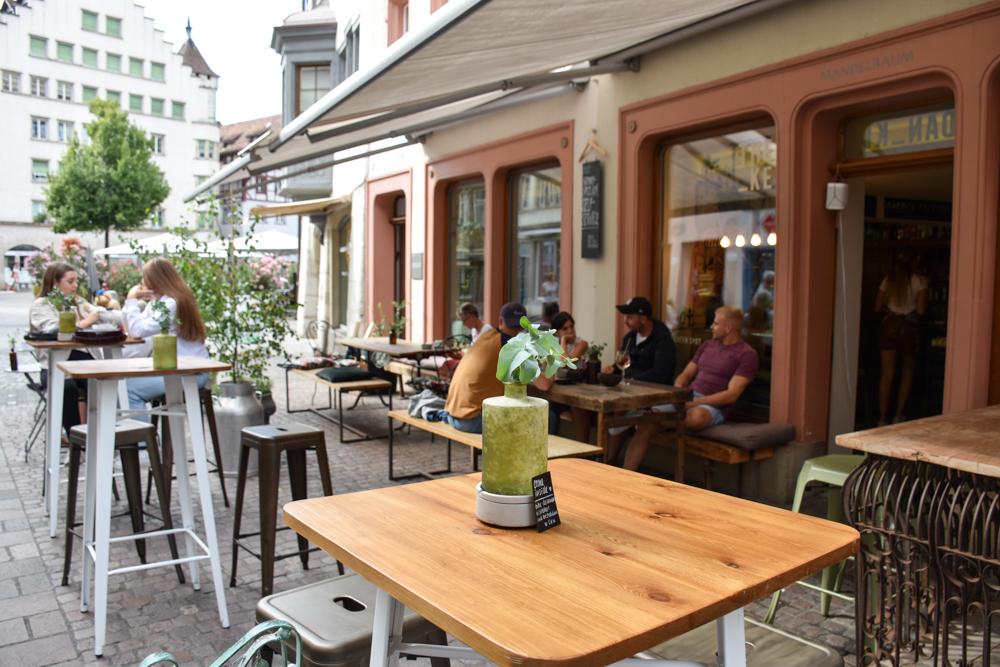 Familienwochenende Schaffhauserland Schweiz Café Schaffhausen