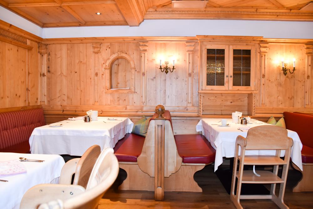 Familienwochenende Serfaus Tirol Österreich Familienhotel Furgler Restaurant