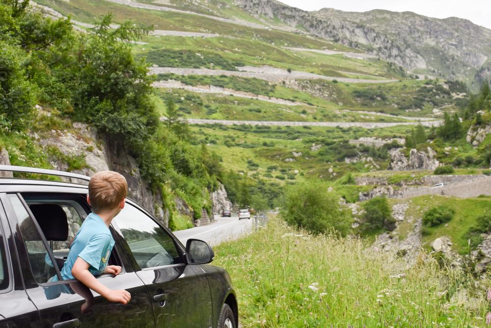 Kleine Grand Tour of Switzerland mit Familie Grimselpass
