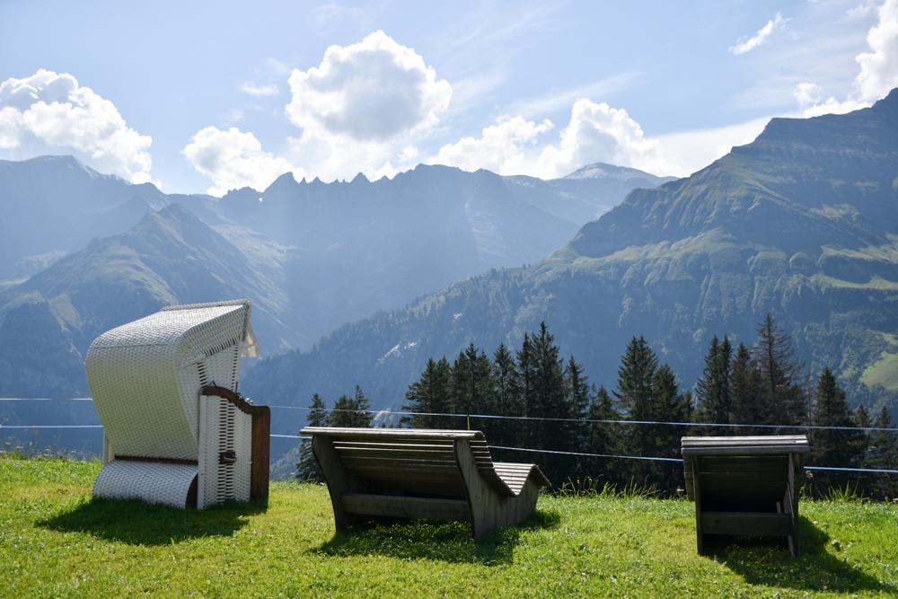 Ausflugstipp Familie Riesenwald Elm Glarus Schweiz Aussicht geniessen