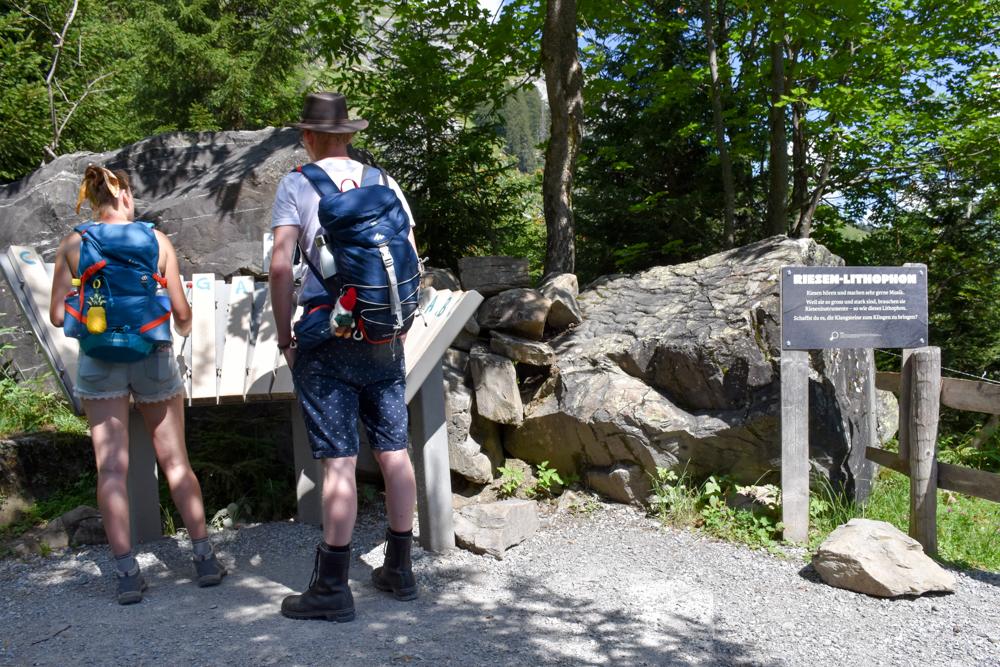 Ausflugstipp Familie Riesenwald Elm Glarus Schweiz Riesenxylophon