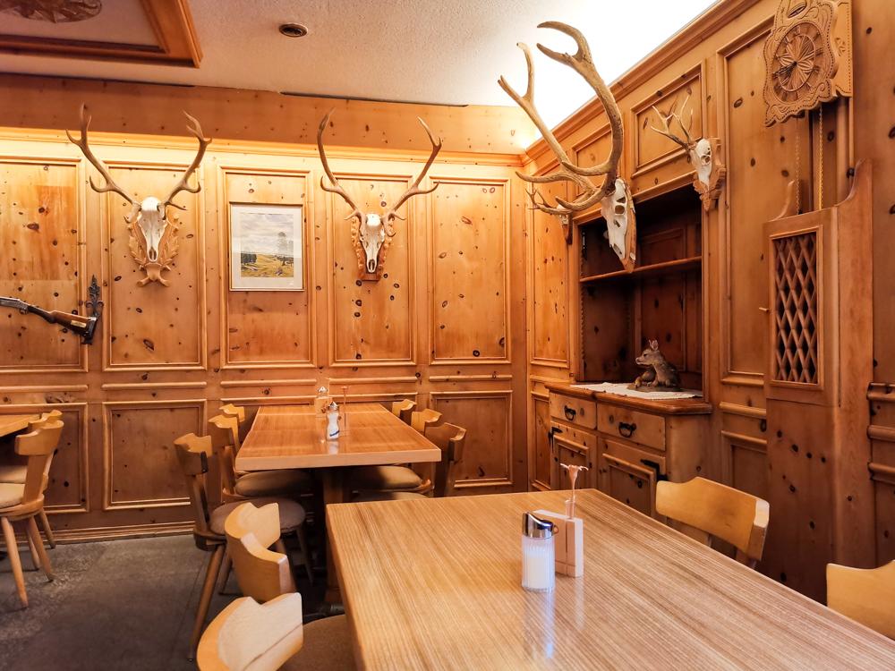Familienwochenende Schweizerischer Nationalpark Engadin Graubünden Schweiz Restaurant Hotel Süsom Givè Val Müstair