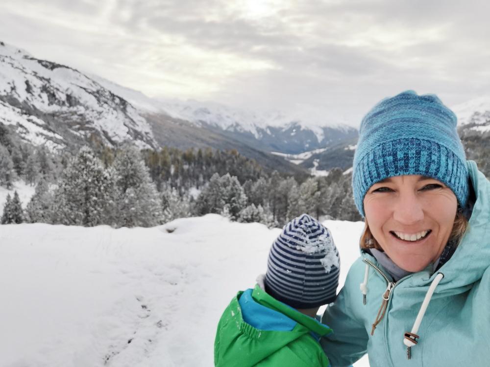 Familienwochenende Schweizerischer Nationalpark Engadin Graubünden Schweiz Schnee im Val Müstair