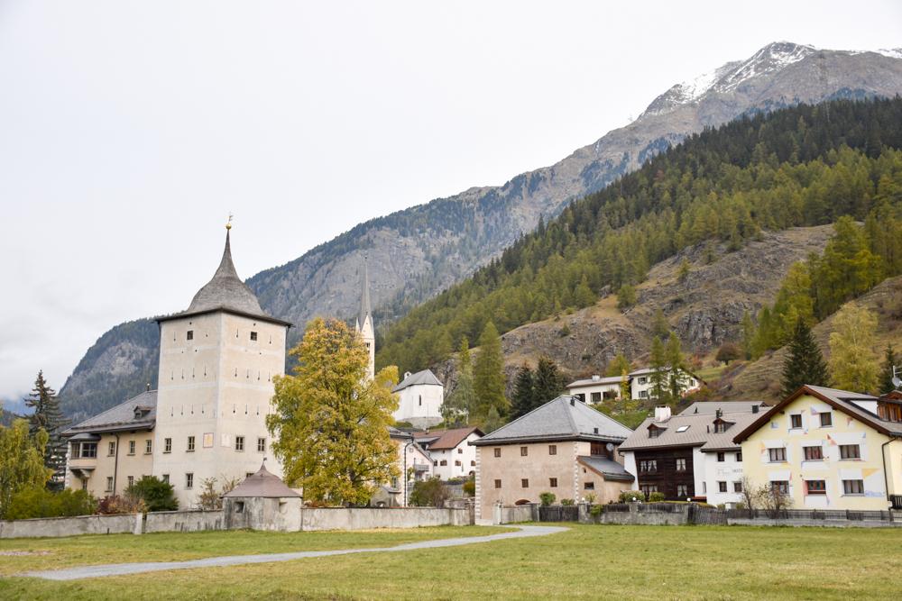 Familienwochenende Schweizerischer Nationalpark Engadin Graubünden Schweiz Zernez das Tor zum Nationalpark