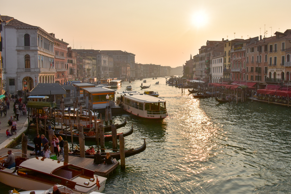 Camper Reise Venedig Italien Blick von der Rialtobrücke