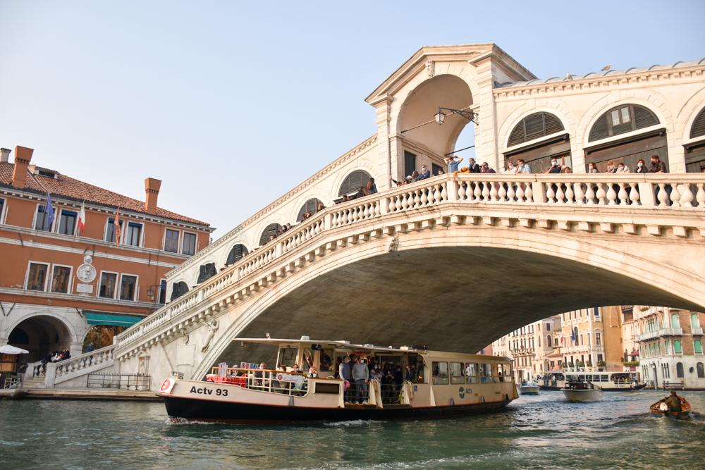 Camper Reise Venedig Italien Rialtobrücke