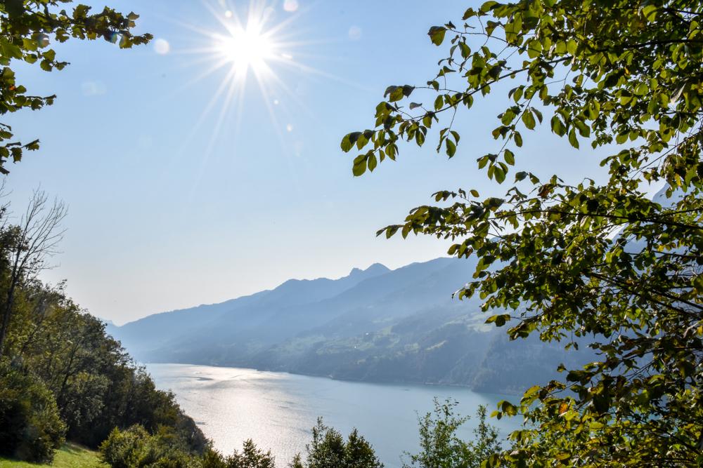 Munggeweg Amden St. Gallen Schweiz Anreise mit Blick auf den Walensee