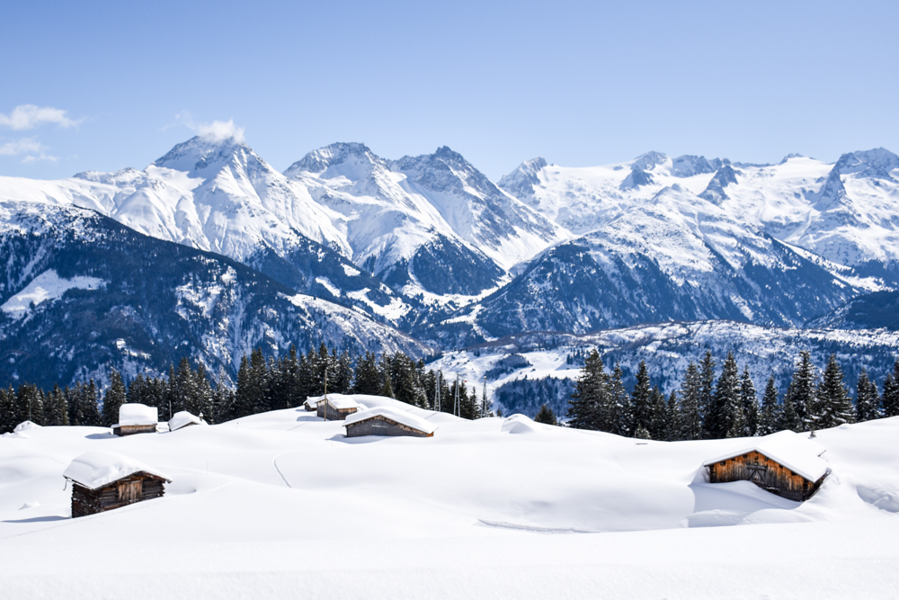 Winterferien Disentis Sedrun Graubünden Schweiz Caischavedra