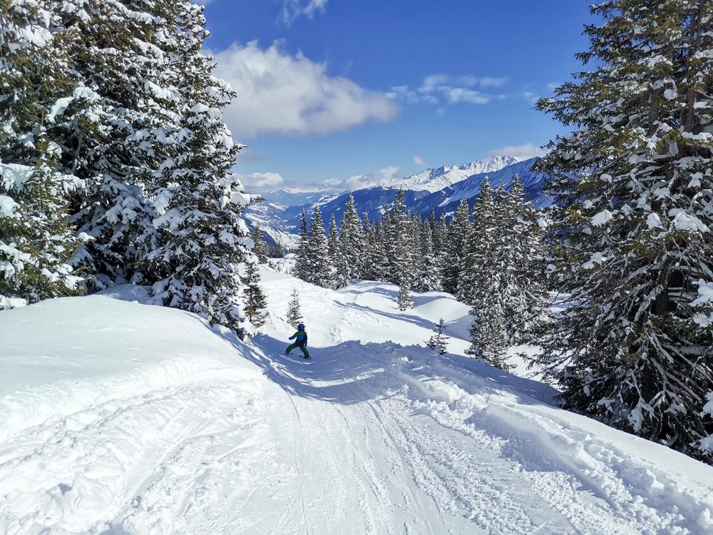 Winterferien Disentis Sedrun Graubünden Schweiz Kinderpiste Caischavedra Disentis