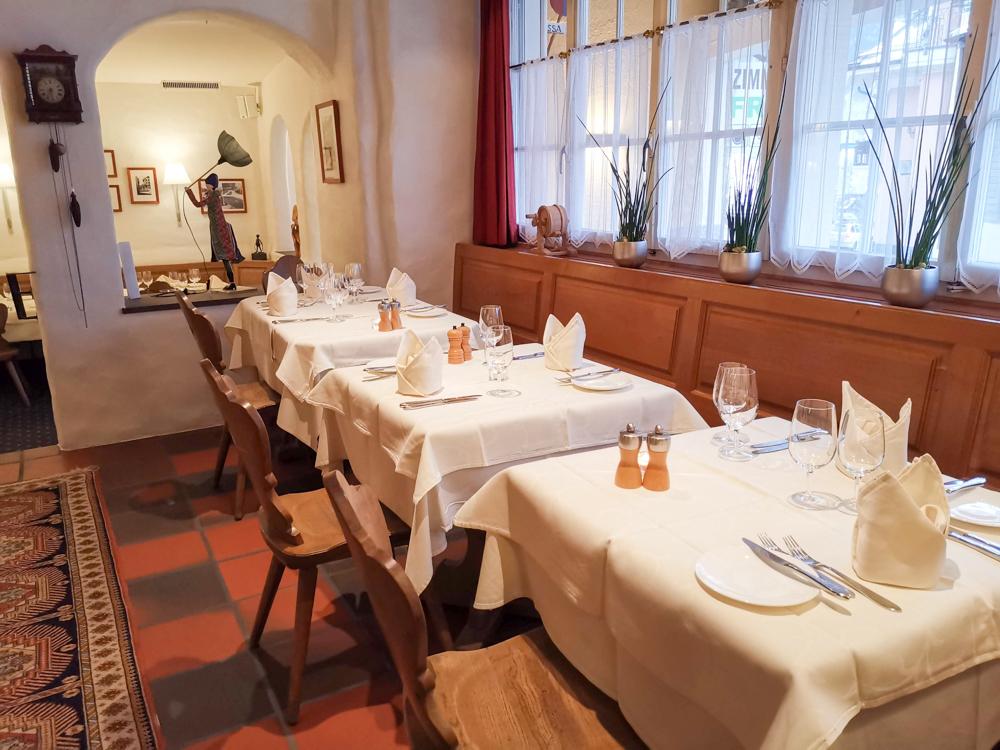 Winterferien Disentis Sedrun Graubünden Schweiz Restaurant Alpsu Disentis
