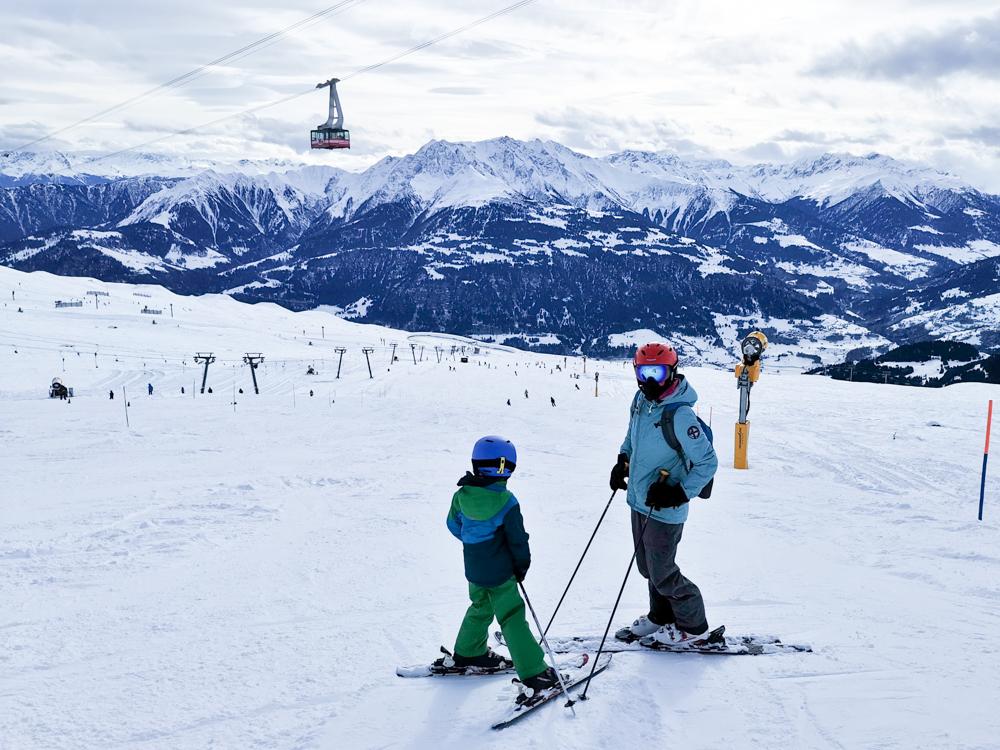 Winterweekend Laax wellnessHostel3000 Graubünden Schweiz Travel Sisi auf der Skipiste
