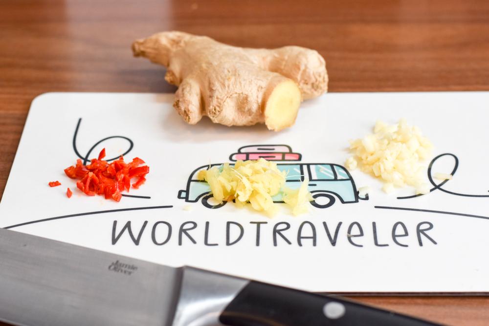 Internationales Rezept Chicken Curry Mauritius Chili Ginger Knoblauch