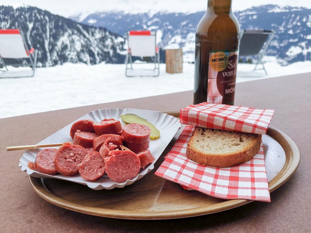 Ausflugstipp Winterwanderung Panoramaweg St. Antönien Pany Prättigau Graubünden Schweiz Essen Bodähütta