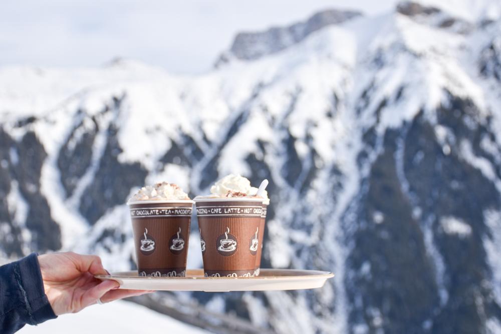 Ausflugstipp Winterwanderung Panoramaweg St. Antönien Pany Prättigau Graubünden Schweiz Kaffee Bodähütta