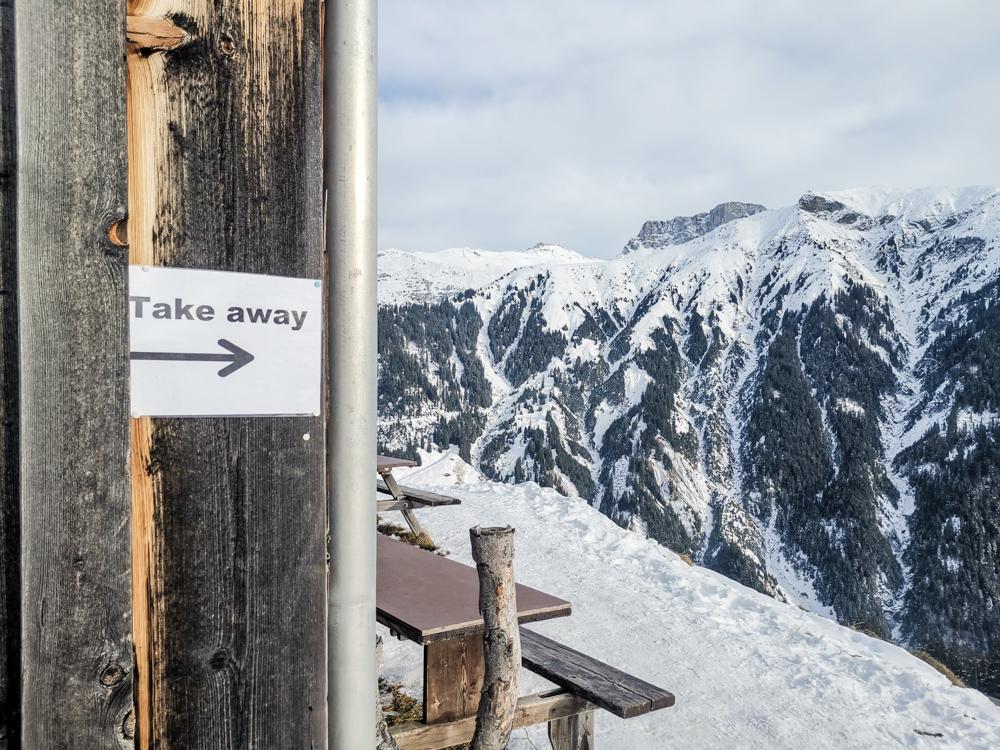 Ausflugstipp Winterwanderung Panoramaweg St. Antönien Pany Prättigau Graubünden Schweiz Take Away Bodähüttä