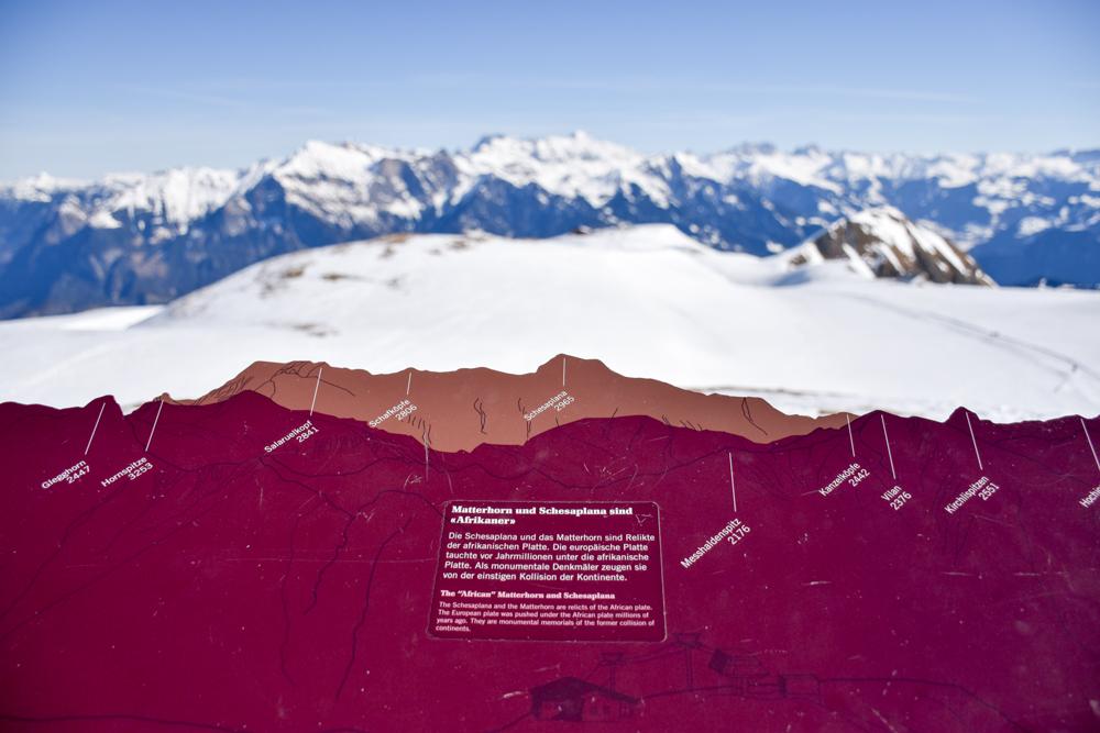 Pizol Panorama Höhenweg Winterwanderung Heidiland Schweiz Matterhorn und Schesaplana sind Afrikaner
