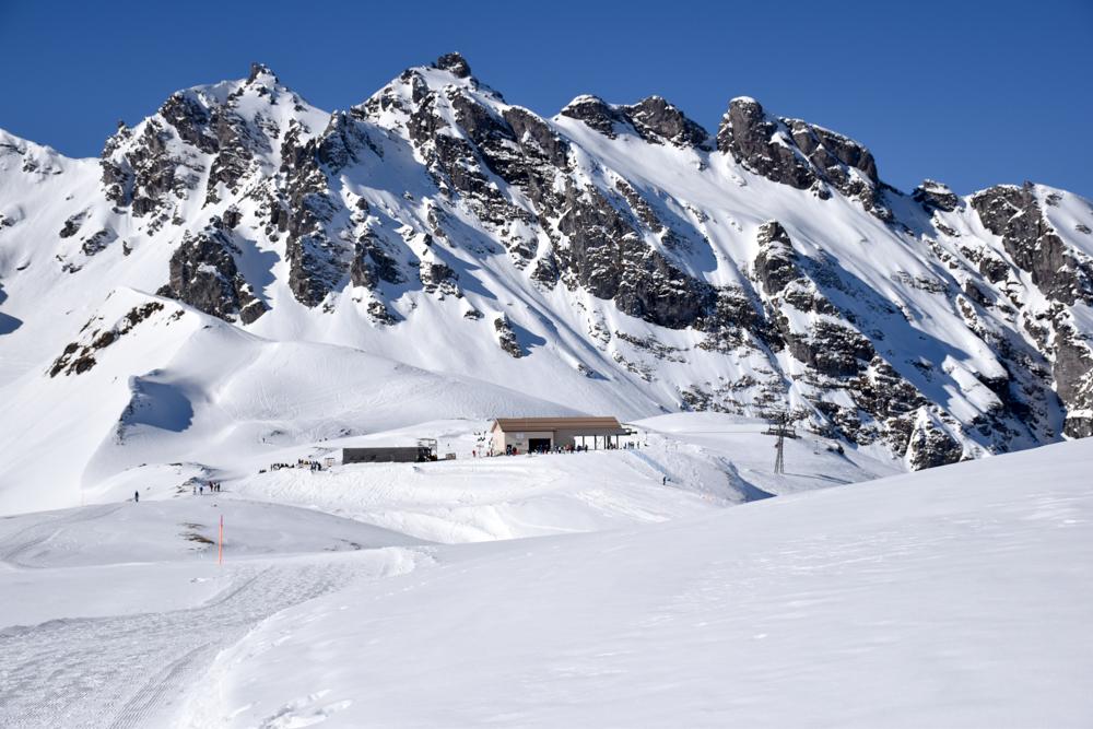 Pizol Panorama Höhenweg Winterwanderung Heidiland Schweiz Pizolhütte