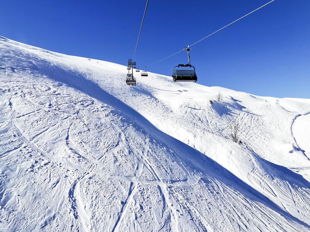 Pizol Panorama Höhenweg Winterwanderung Heidiland Schweiz Sesselbahn Pardiel Laufböden