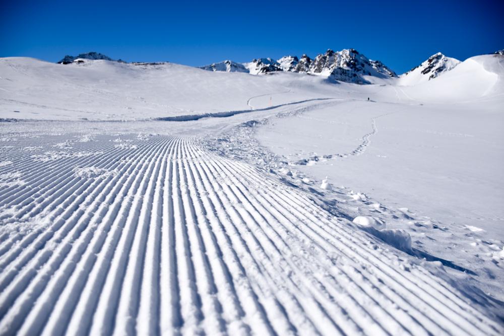 Pizol Panorama Höhenweg Winterwanderung Heidiland Schweiz Weg zum Aussichtspunkt