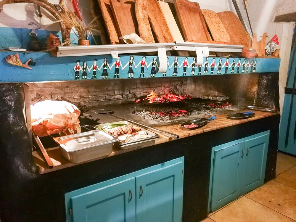 Sardinien Süden Reisetipps Highlights Unterkunft Restaurant Strand Holzkohlegrill Crar'e Luna