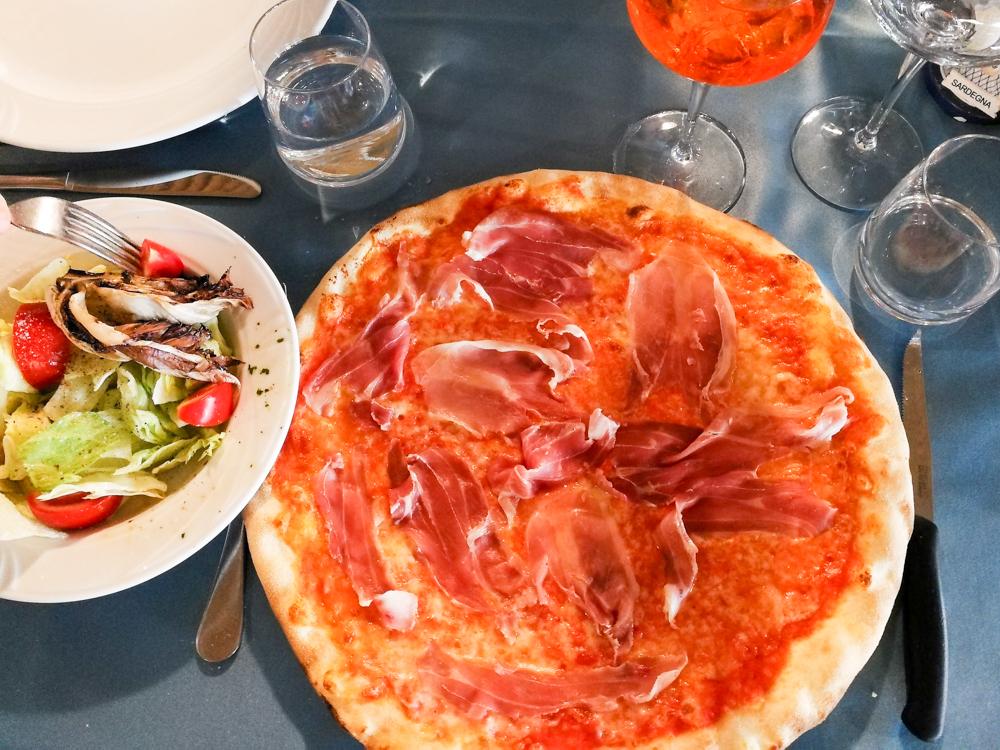 Sardinien Süden Reisetipps Highlights Unterkunft Restaurant Strand Pizza Crar'e Luna