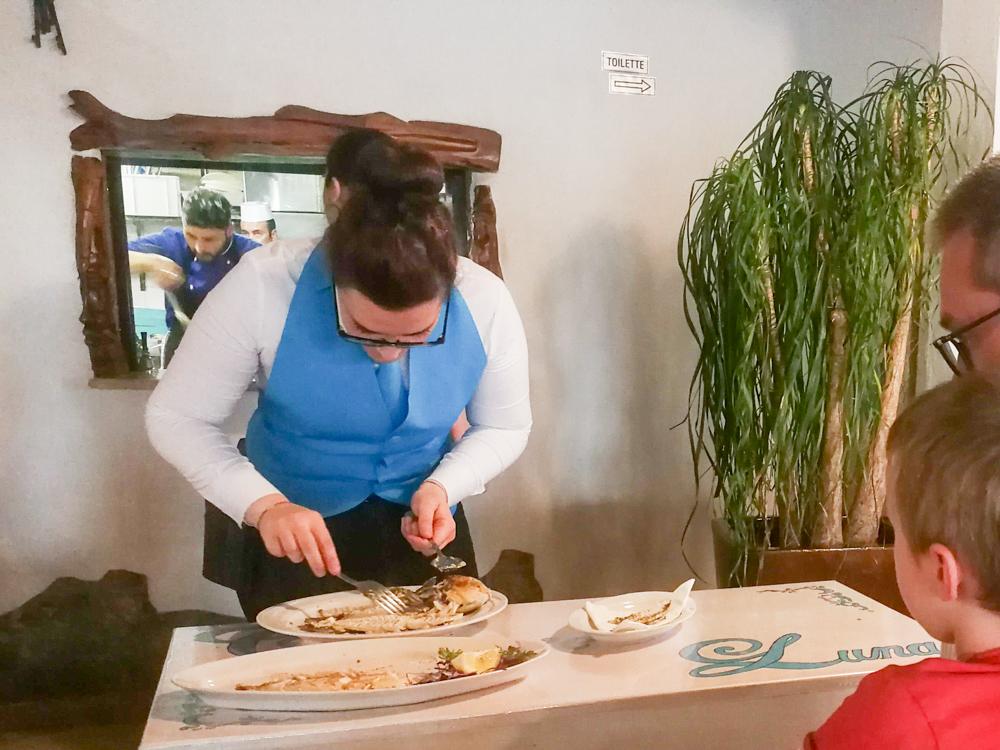Sardinien Süden Reisetipps Highlights Unterkunft Restaurant Strand frischer Fisch Ristorante Crar'e Luna