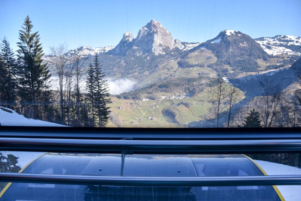 Familien-Skigebiet Stoos Schwyz Zentralschweiz Schweiz Aussicht Mythen steilste Standseilbahn der Welt