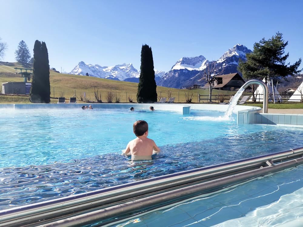 Unterkunft Reka-Ferienresort Swiss Holiday Park Morschach Schwyz Schweiz Aussenbad