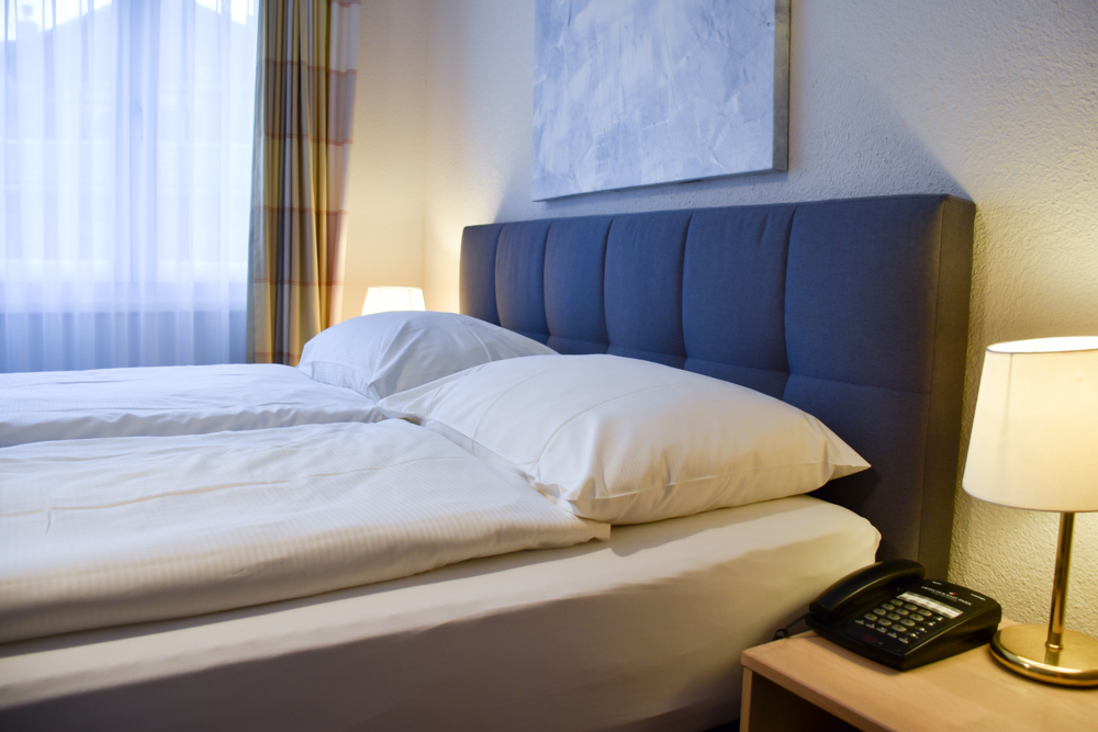 Unterkunft Reka-Ferienresort Swiss Holiday Park Morschach Schwyz Schweiz Schlafzimmer Appartement